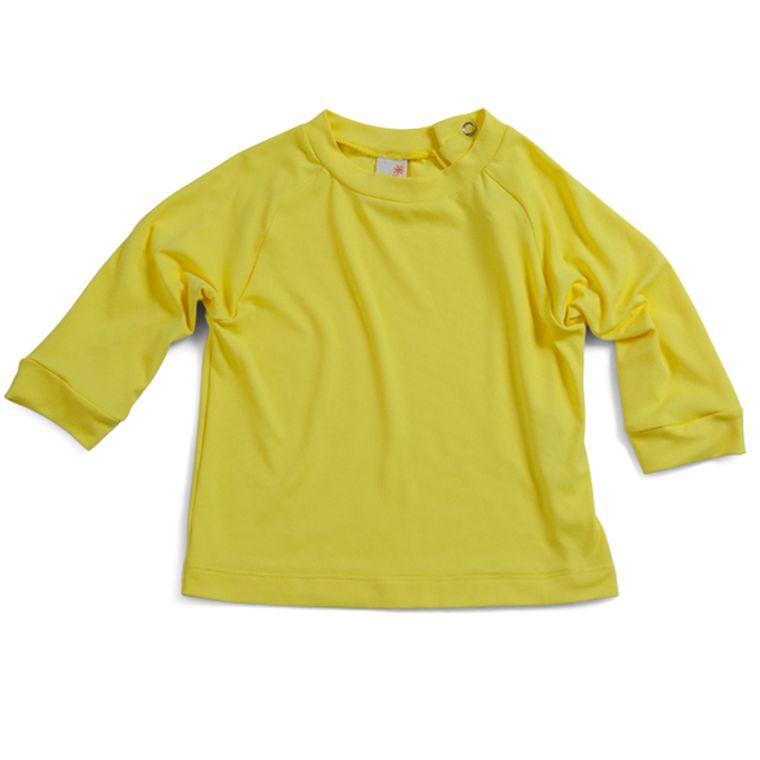 02c5c34f52 Camiseta Raglan Praia Manga Longa Amarela Com Fator de Proteção UV ...