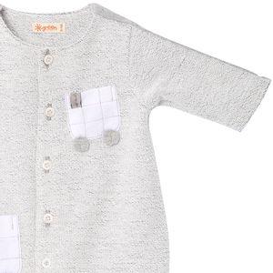 roupa-infantil-macacao-bebe-menino-recem-nascido-carrinho-green-by-missako-detalhe-G5900810
